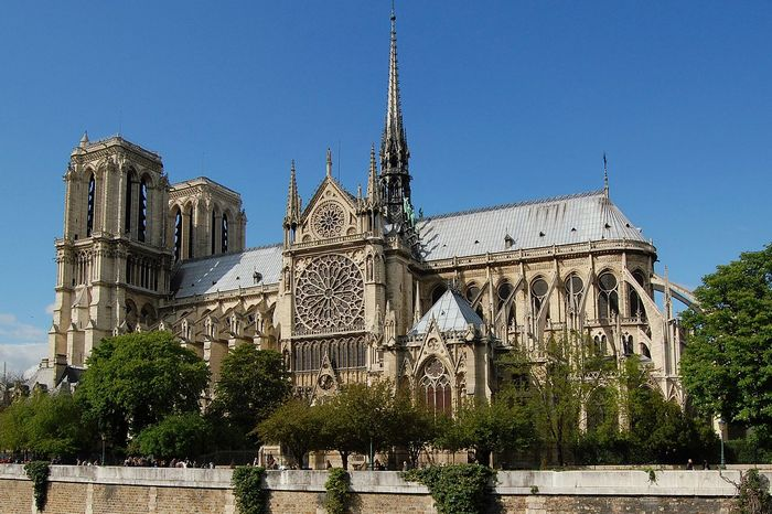 http://www.daskalo.com/paris321/files/2015/10/notre-dame-de-paris1.jpg